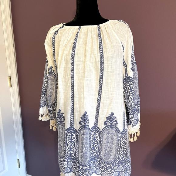 Fun cotton blue and white tunic